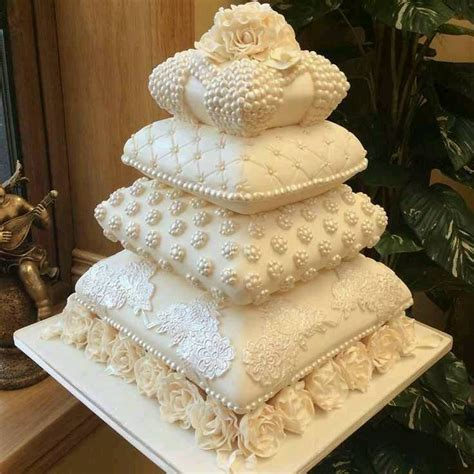 Wedding Cake Pillow by Best 25 Pillow Cakes Ideas On Pillow Wedding