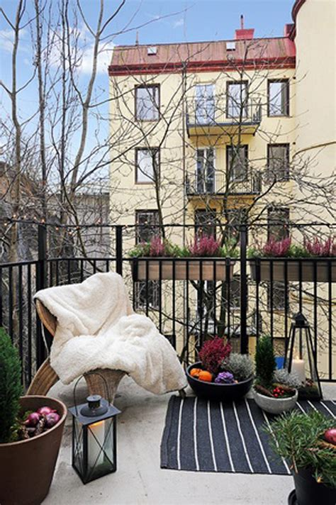 35 small balcony gardens home design and interior - Winter Balcony Garden