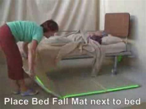 cadere dal letto consigli utili per non cadere dal letto
