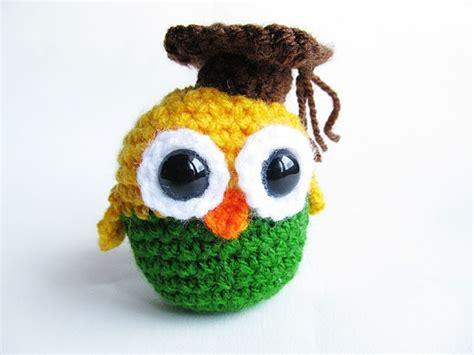 free crochet pattern amigurumi graduation owl little things blogged amigurumi graduation owl free