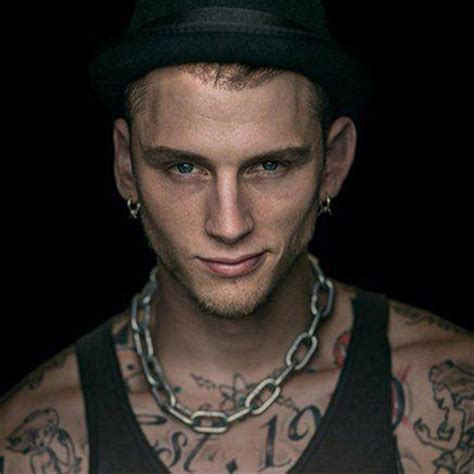 is machine gun kelly being blackballed because of eminem