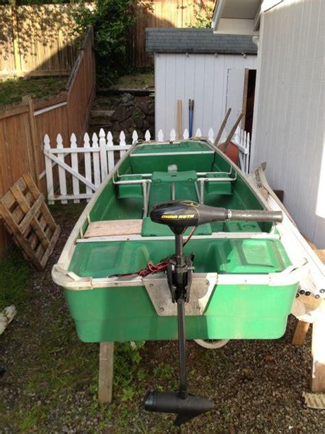 coleman boat motor 11 foot coleman crawdad boat with trolling motor boats