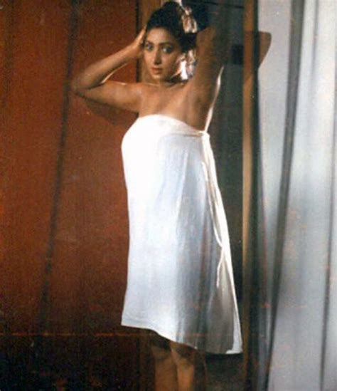girls in bathroom without dress south indian girls in towel bathing dress very rare pictures