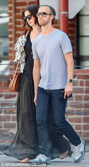 Lepaparazzi News Update Will Hathaway Quit Acting by Hathaway Leans On Husband Adam Shulman And Admits