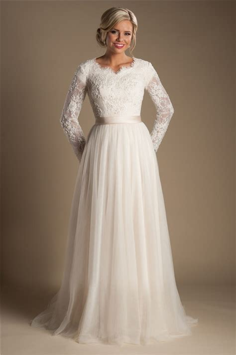Discount Modest Wedding Dresses by Modest Wedding Dresses With Sleeves And Lace Discount