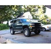 Riehlridez71 2003 Chevrolet Tahoe Specs Photos