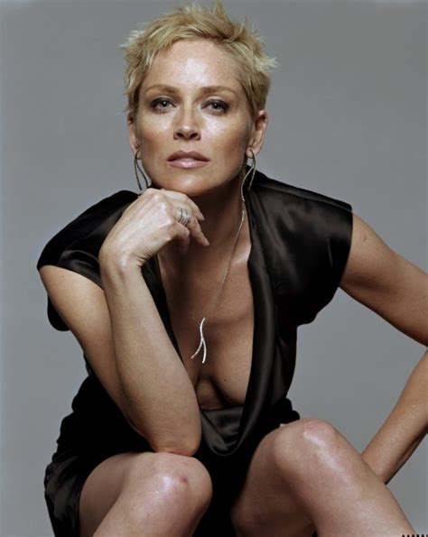 sharon stone breaking news and opinion on the huffington sharon stone la protagonista de instinto b 225 sico
