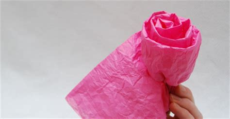 Make Tissue Paper Roses - not mass produced gift ideas for teachers