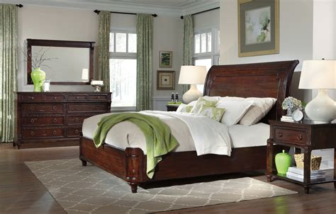 charleston bedroom furniture the charleston place sleigh bedroom collection 16029