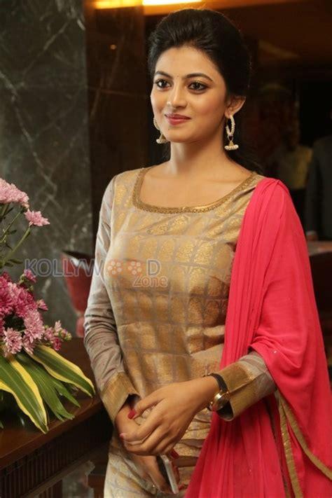 actress anandhi pictures actress anandhi gallery tamil actress anandhi new