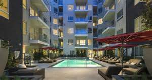 Apartment Living Los Angeles Solar Powered Net Zero Apartment Building In Los