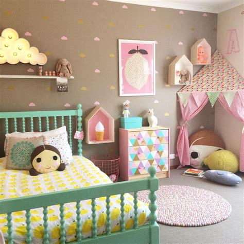 little girl bedroom ls best 25 toddler girl rooms ideas on pinterest girl