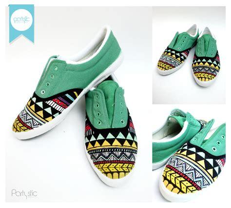Sepatu Converse Asli Hijau Tosca katalog sepatu lukis partystic