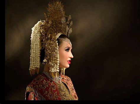 tutorial rias pengantin minang mewahnya permata sumatera mahligai indonesia