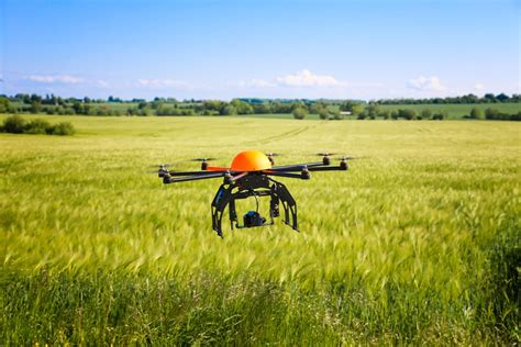 droni volanti droni e agricoltura a breve centinaia di macchine volanti
