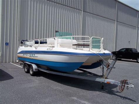 bayliner deck boat reviews bayliner deck boat bing images