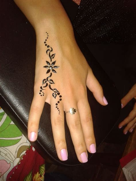 side henna tattoos made by delara bitar rmeily www delarts me tattoos