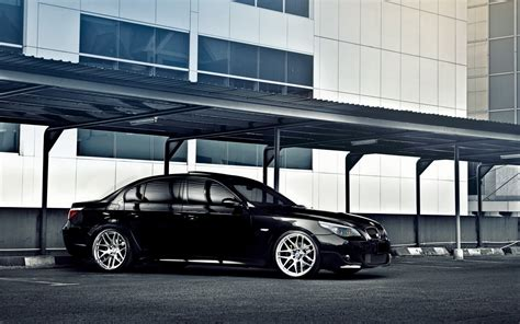 black bmw 5 series wallpaper 43569 1680x1050 px