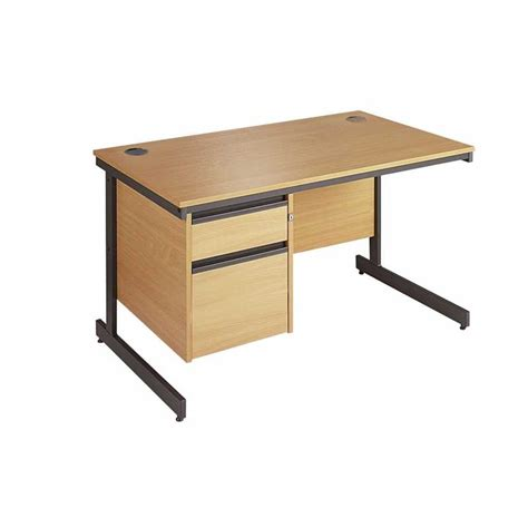 Office Desk Photo Frames Maestro Office Desks With Cantilever Frame