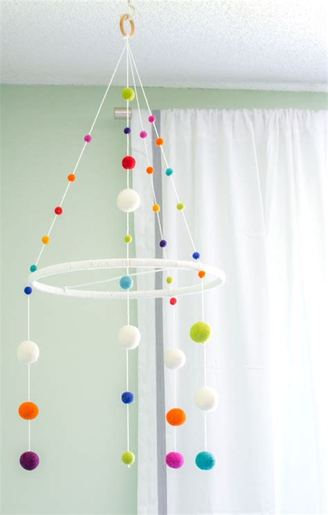 Handmade Mobiles - how to make a baby mobile and colorful ideas