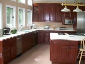 Painting kitchen cabinets faux painting kitchen cabinets country