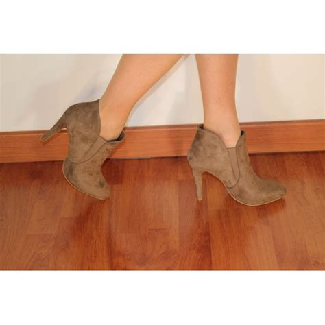 ankle boots mole in 10cm thin heels pointy look