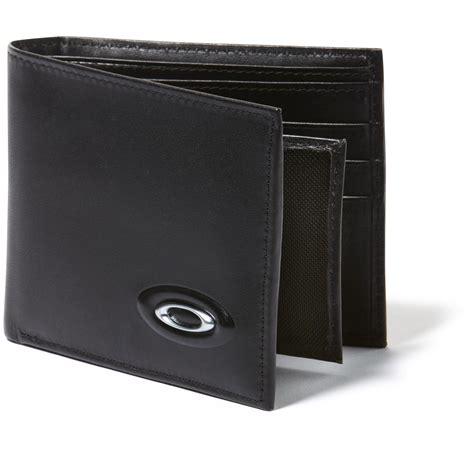 Walet 2 In 2 oakley 174 leather wallet 283844 wallets at sportsman s guide