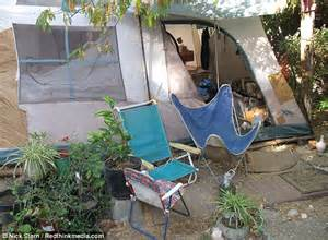 jaycee dugard backyard jaycee lee dugard s prison first pictures of filthy
