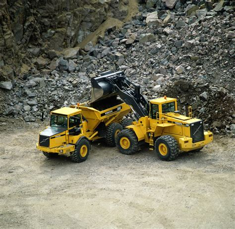 earth moving equipment axles  trasmissions cemas clark axles  transmissions