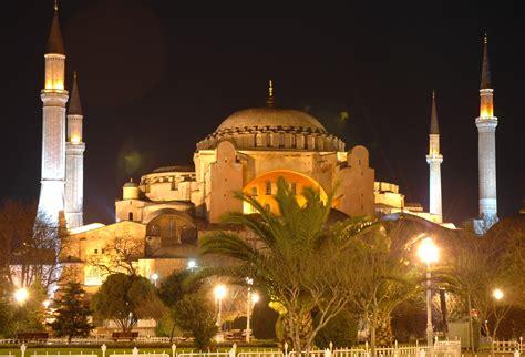 file istanbul santa sofia de nit jpg wikimedia commons