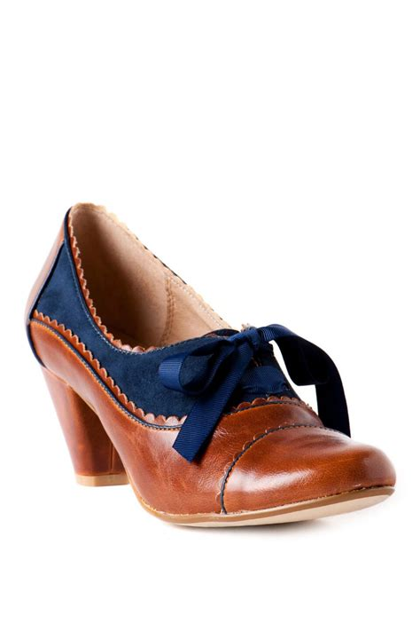 chelsea oxford shoes chelsea crew shoes oxford in cognac s