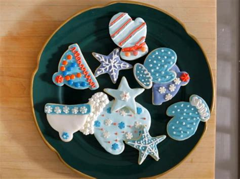 How To Decorate Cookies by How To Decorate Cookies A Step By Step Guide Recipes