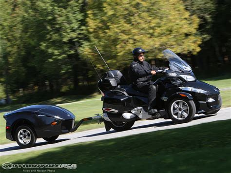 2 seater can ams motorcycle review and galleries can am spyder 2 seater side by side motorcycle review