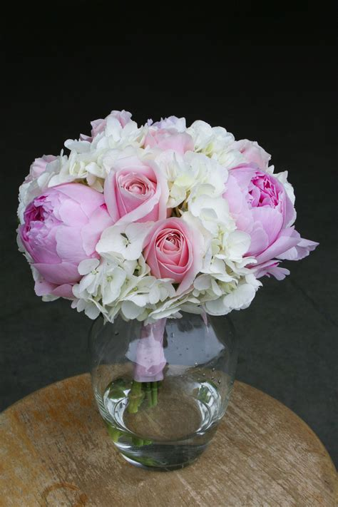 6 diy peony rose and hydrangea centerpieces for 50 pretty in pink peony wedding stadium flowers