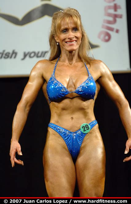 29   twopiece   2007 emerald cup figure fitness and