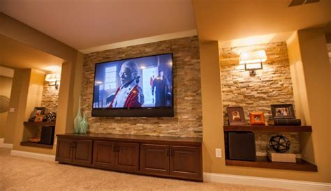 Feature TV and Lighting   Resolution Audio & Video