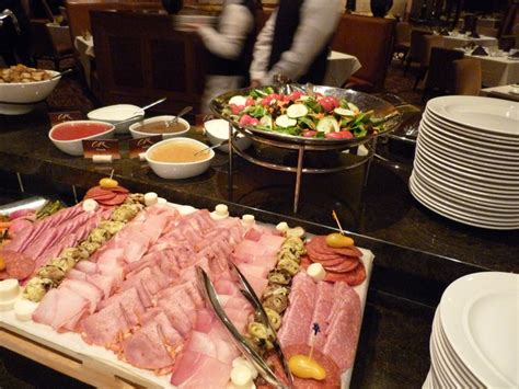 Sunday Brunch At Copper Rock Steakhouse Four Winds Four Winds Buffet