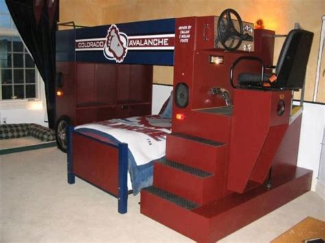 Zamboni Bed In A Hockey Bedroom Hockeygods Hockey Bed Frame