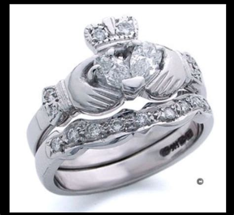 Claddagh wedding set   Believe in the Future   Pinterest