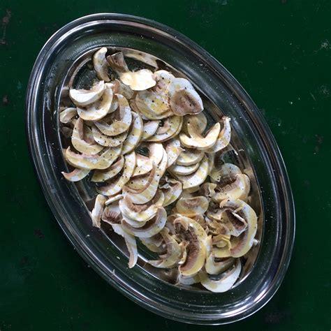 cucinare i funghi prataioli funghi prataioli alla crudaiola ricetta laboratorio cingoli