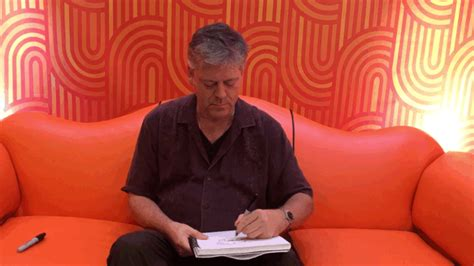 nickelodeon orange couch nickalive craig bartlett reveals all about quot hey arnold quot
