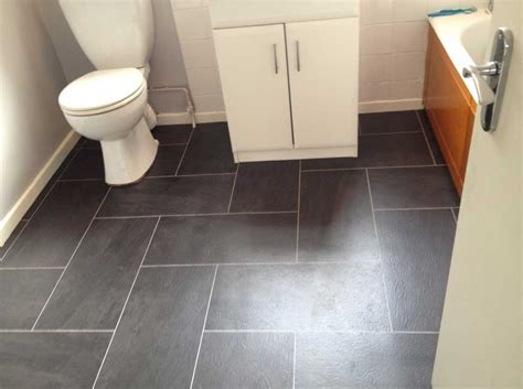 What Is The Best Flooring For A Bathroom by Bathroom Floor Tile Ideas For Small Bathrooms With Black