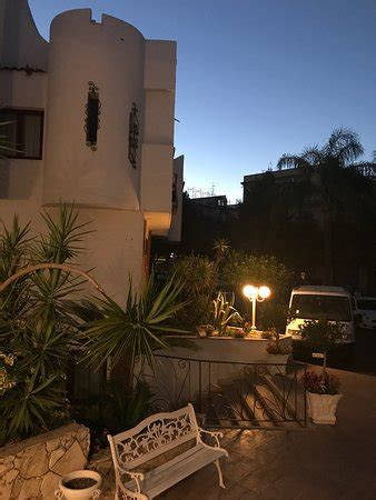 hotel assinos giardini naxos assinos palace hotel giardini naxos sicilia prezzi