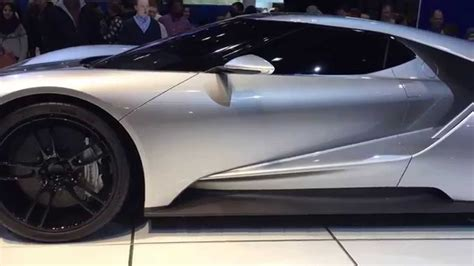 ford gt silver the 2017 ford gt in liquid silver at the 2015 chicago auto