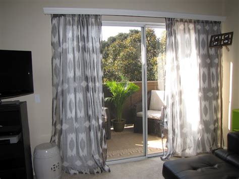 hanging curtains over blinds how to install curtains over blinds curtain menzilperde net