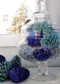 Diy Christmas Table Decorations 30 Festive Diy Pine Cone Decorating Ideas Hative