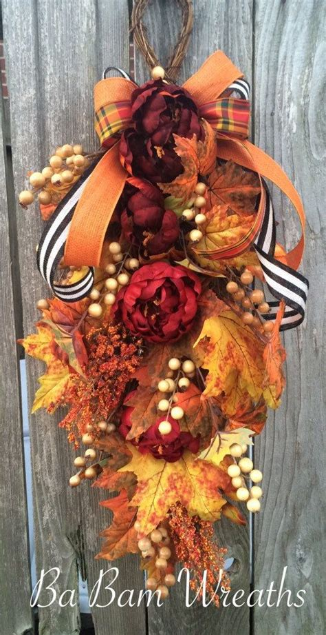 swags and wreaths 1000 ideas about floral swags on door swag