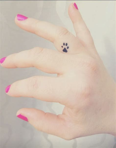 really cute small tattoos 25 best small girly tattoos ideas on