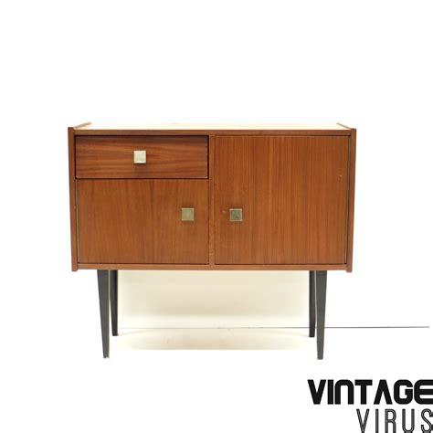 Dress Klep vintage dressoirkastje met lade klep en deur teak