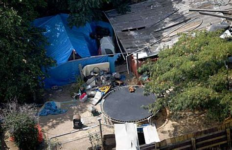 jaycee dugard backyard 18 years of missed chances to find kidnap victim sfgate
